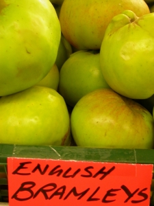 food-norfolk-apple-7159819-h